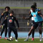 Opções: Brasil entra em campo cheio de atletas que serão testados por Tite