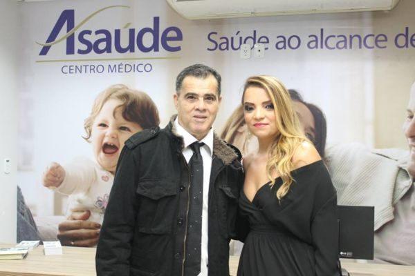 Os empresários, Clodoaldo Moren e Silvânia Pereira Moren, anfitriões