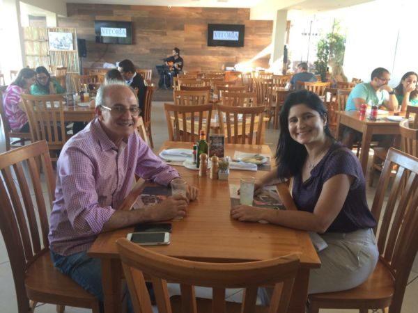 Os empresários José Fardim e Karla Falcão, leia-se Vitória Restaurante e Choperia
