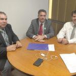 Reunião: O deputado federal Alexandre Serfiotis, o prefeito de Sapucaia Fabrício Baião e o assessor Francisco Chagas