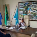 Bruno recebe estuantes em seu gabinete na prefeitura