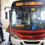 Brasília - Governo reajusta as tarifas do transporte público no DF, na primeira segunda-feira do ano (Valter Campanato/Agência Brasil)