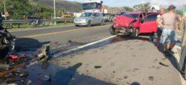 Acidente deixa dois mortos  e três feridos na BR-393, em Barra do Piraí