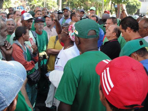 paralisaocao funcionarios limpeza VR- Lilian Silva (4)