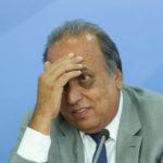 Adiando: Pezão afirma que médico dele já recomendou saída do governo