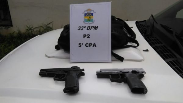 Falsos: Jovens usaram pistolas falsas para praticar assalto