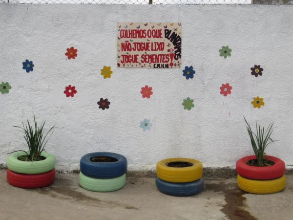 Muro sustentável: Pintura na Escola Municipal Henry Nestlé (São Benedito) fez parte das atividades da Semana do Meio Ambiente de Quatis