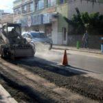 Recuperação asfáltica: Obras estão sendo realizadas na altura do Colégio Nossa Senhora do Amparo, na Avenida Domingos Mariano (Foto: Chico de Assis/Ascom PMBM)