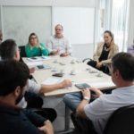 Em reunião: Grupo de trabalho discutiu ações realizadas e melhorias alcançadas neste primeiro mês (Foto: Gabriel Borges / Secom VR)