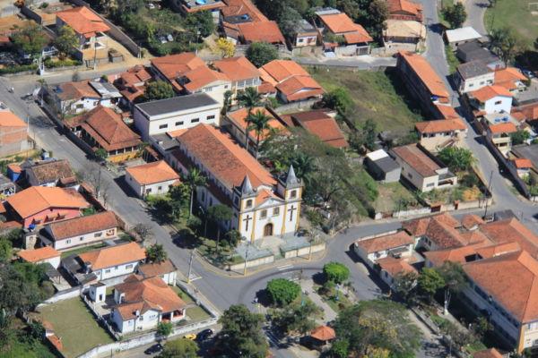 Obrigatório: Recadastramento visa fazer um levantamento das empresas que estão em funcionamento na cidade (Foto: Divulgação)