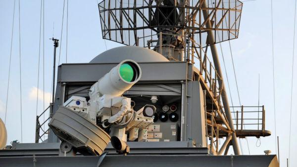 Mortal: O canhão laser a bordo do USS Ponce