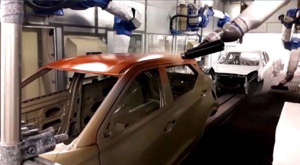 Produzindo: Novo modelo da Nissan mostra recuperação de capacidade produtiva que estava ociosa (Foto: Divulgação Nissan)