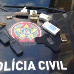 Material apreendido pela polícia foi abandonado no Monte Castelo, em Volta Redonda (foto: Cedida pela Polícia Civil)