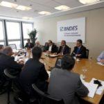 Reunião: Representantes do BNDES confirmam que deverá participar da operação de crédito de até R$ 3,5 bilhões que será realizada pelo governo estadual (Foto: Divulgação)