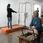 Condicionamento físico: Pilates estão sendo procurado para quem procura um treinamento personalizado (Foto: Júlio Amaral)