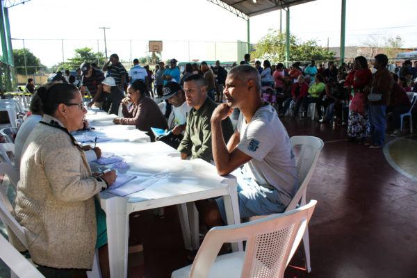 Nova visão: Moradores beneficiados foram atendidos pelo projeto durante o evento 'Mais Social' (Foto: Divulgação)