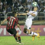 Vasco teve poucos bons momentos durante a partida no Raulino