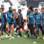 Botafogo tem a vantagem do empate mas deve ir para cima do Nacional