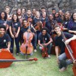 Camerata Laranjeiras: Orquestra de cordas combina o clássico com o popular (Foto: Divulgação)