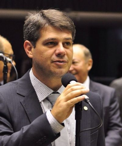 Decidido: Serfiotis votará contra 'distritão' e fundo eleitoral