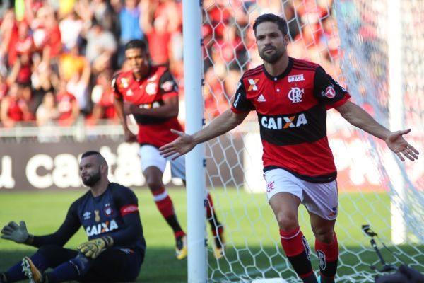 Flamengo d Diego segue em alta após a chegada do novo treinador