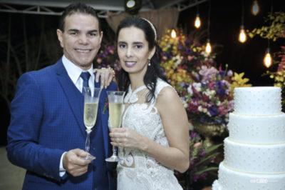 O empresário Laci Mendonça e a médica Simone Paiva, irradiavam alegria