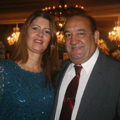 Sílvia Meira (aniversariante do dia) com  seu amado, o advogado Carlos Meira