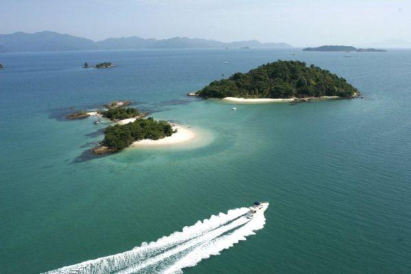 Natureza: Praias da Baía da Ilha Grande são atrações que dão diferencial ao Angra Moto Fest
