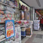 Comércio: Entre os entrevistados que pretendem efetuar compras, 25% estão com alguma parcela atrasada (Foto: Arquivo)