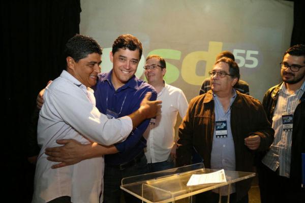 Indio da Costa recebe lideranças do PSD de Volta Redonda durante evento no Rio
