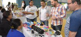 Vereador apoia feira de artesanato em Três Poços