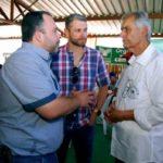 Prefeito Rodrigo Drable participa de torneio leiteiro de Amparo (Chico de Assis - PMBM)