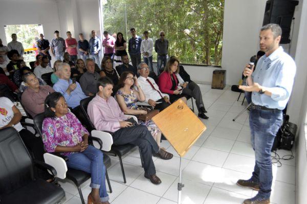 Rodrigo Drable fala de projetos para Barra Mansa durante encontro no Parque Saudade (Paulo Dimas)