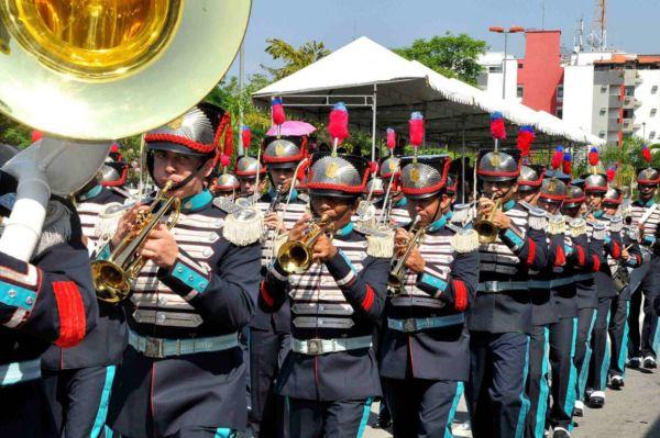 Tradição: Desfile cívico-militar contará com a presença de bandas que executarão hinos nacional e da independência (Foto: Arquivo/PMR)