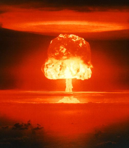 Poder: Vítimas atômicas se contam em megamortes
