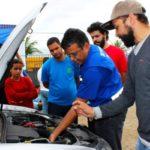 Em Volta Redonda: Aulas ensinam técnicas de como manter os veículos em bom estado, noções de funcionamento e mecânica dos carros (Foto: Divulgação)