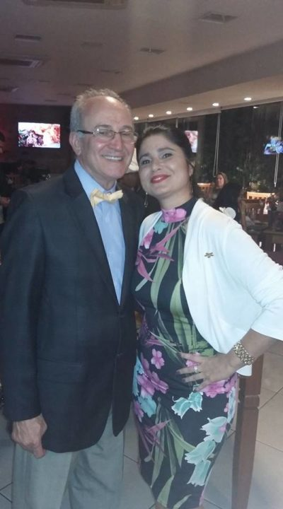 Os empresários José Fardim e Karla Falcão (aniversariante do dia)
