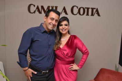 Camila Cotta e seu amado Domingos promovem lançamentos de semi-joias nesta sexta-feira