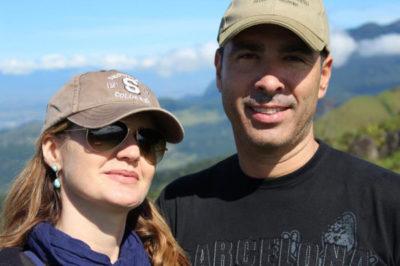 O empresário imobiliário José Francisco Medeiros (aniversariante do dia) com sua amada, Daniela de David