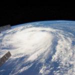 Longe: A espiral do Harvey vista da estação espacial