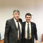 José Osmar, prefeito de Rio Claro, e o deputado federal Alexandre Serfiotis, falam de emendas para o município (foto: Divulgação)