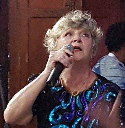 'Tom Jobim 90': Cantora Iracema Werneck estará na unidade para interpretar os principais sucessos do cantor e compositor (Foto: Divulgação)
