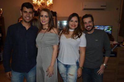 Breno Ramos e Bianca Vilela recebem o empresário Fernando Nunes e a Farmacêutica Thais Santos