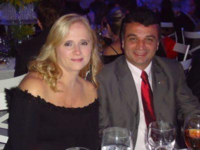 O empresário Luiz Fernando Cardoso e Marlene Frauches Cardoso, completam hoje 17 anos de felicíssimo casamento