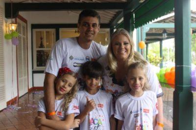 O médico Adalto Lima Junior e a empresária Fernanda Toniolo Lima com os filhos Ana Luisa, Mateus e Maria Eduarda