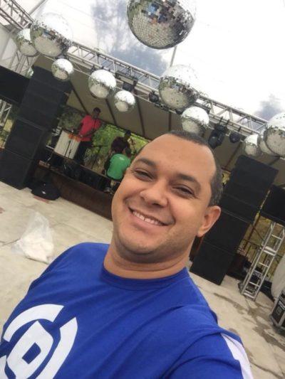 DJ Daniel Freitas, comanda hoje o Bailinho Retrô