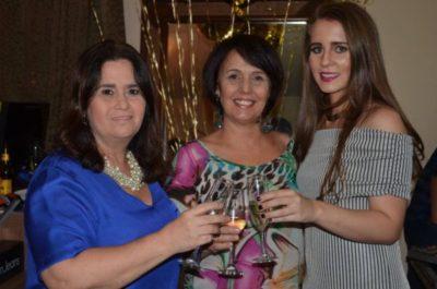 Brinde ao sucesso da HOUSE BOUTIQUE com Márcia Elisabete, Arlete Concolato e Bianca Vilela