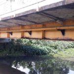 Vigas usadas na Ponte Ruth Coutinho, construída em 2003