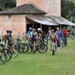 Trajeto: Acolhida aos peregrinos coloca Barra Mansa no mapa do caminho para Aparecida (Foto: Paulo Dimas)