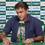 Caiu: Em entrevista coletiva concedida nesta sexta-feira na Academia de Futebol, Cuca se despediu do Palmeiras (Foto: S.E Palmeiras/Divulgação)